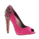 Zapatos con tachuelas 2013
