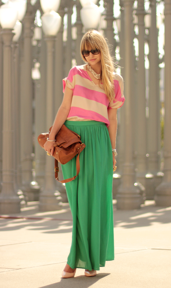 Why-Women-and-Fashion-Love-Maxi-Skirts-_05
