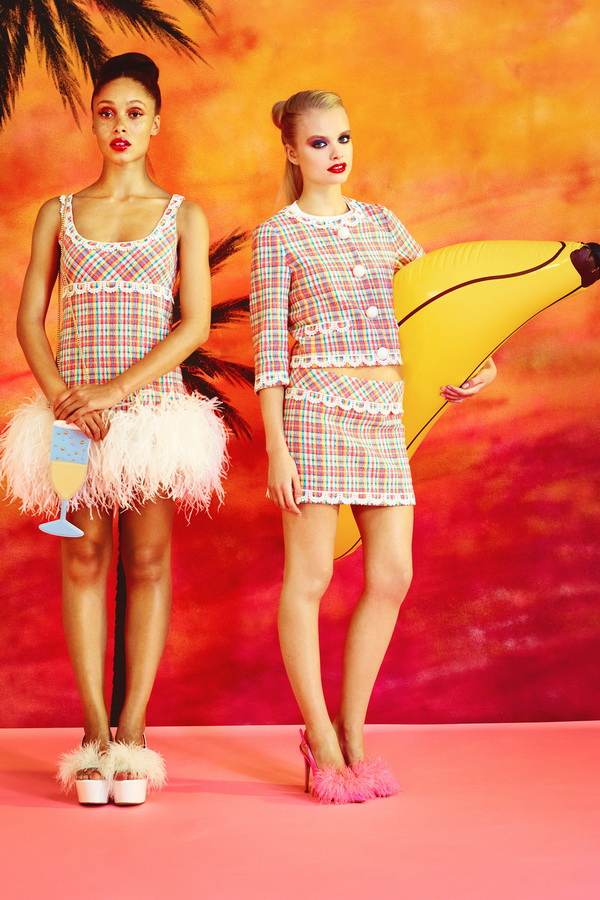 Miami-Barbie-The-Moschino-Cheap-and-Chic-Spring-2014-RTW-Collection-is-Perfect-for-Her_05