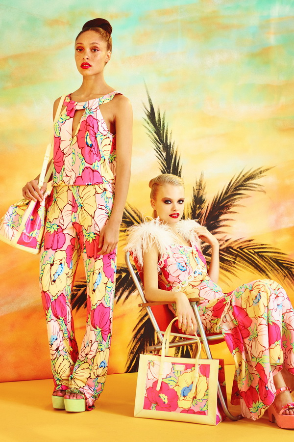 Miami-Barbie-The-Moschino-Cheap-and-Chic-Spring-2014-RTW-Collection-is-Perfect-for-Her_06