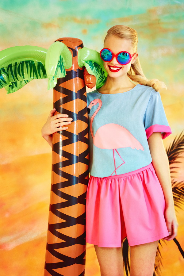Miami-Barbie-The-Moschino-Cheap-and-Chic-Spring-2014-RTW-Collection-is-Perfect-for-Her_11