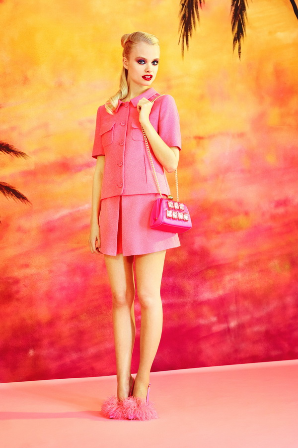 Miami-Barbie-The-Moschino-Cheap-and-Chic-Spring-2014-RTW-Collection-is-Perfect-for-Her_13