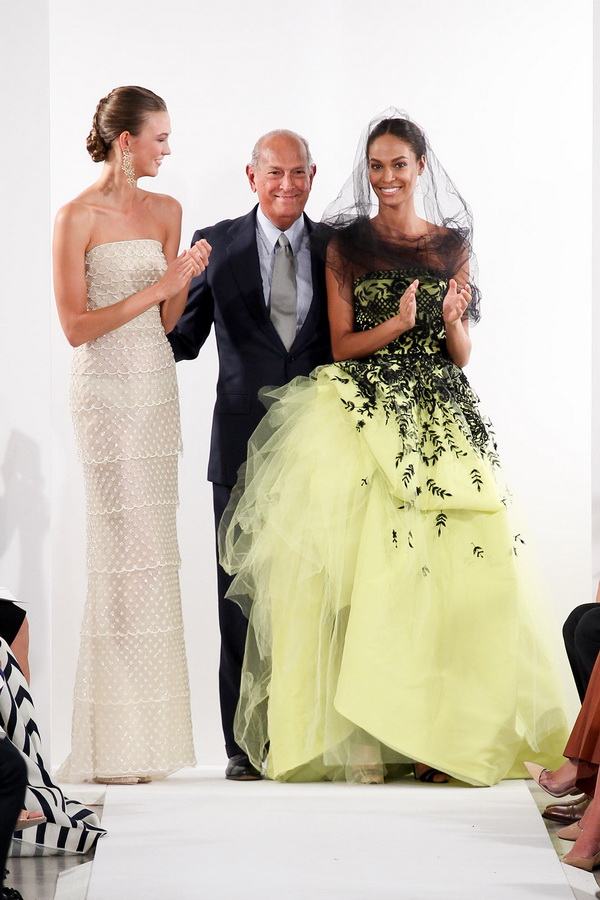 Prints-and-Embroidery-is-a-Hit-in-the-Oscar-de-la-Renta-Spring-2014-RTW-Collection_26