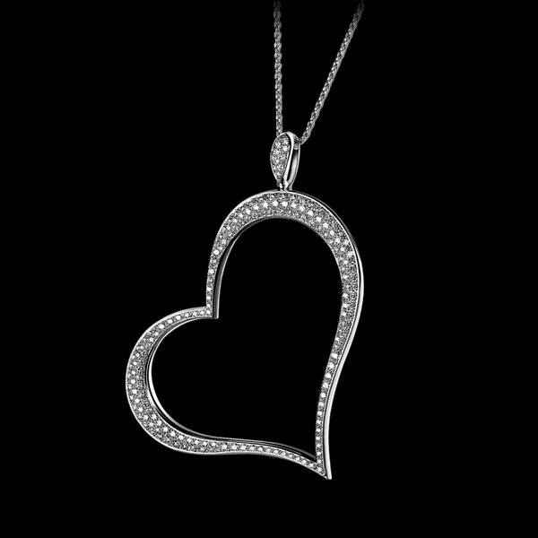 Be-the-Queen-of-Hearts-with-the-Piaget-Hearts-Jewelry-Collection_03