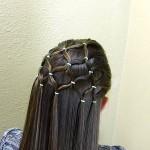 Peinado con ligas para una ocasión especial